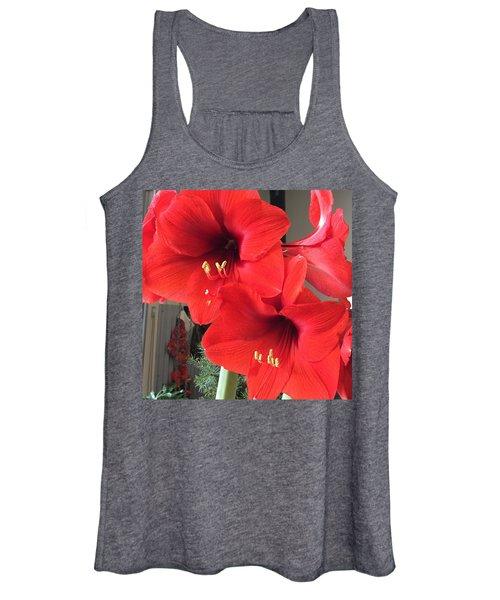 Red Amaryllis Women's Tank Top