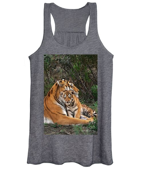 Siberian Tiger Mother And Cub Endangered Species Wildlife Rescue Women's Tank Top