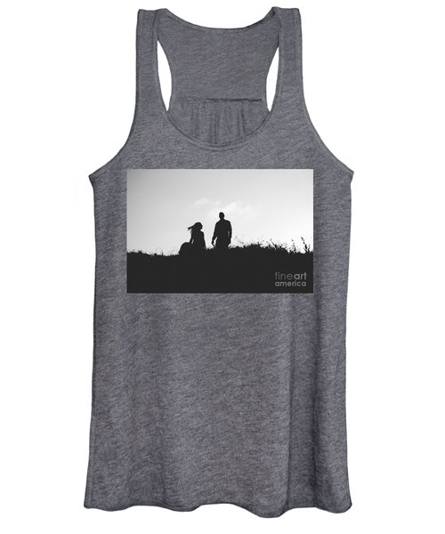 Silhouette Of Couple In Love With Wedding Couple On Top Of A Hil Women's Tank Top