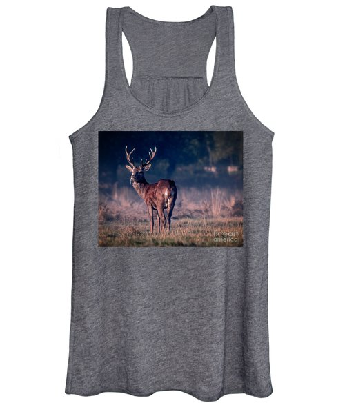 Stag Eating Women's Tank Top
