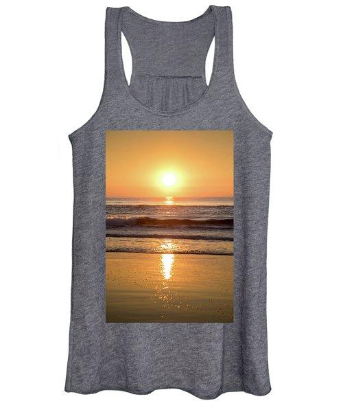 Sunrise At Surfers Paradise Women's Tank Top