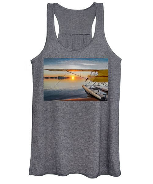 Sunrise Seaplane Women's Tank Top