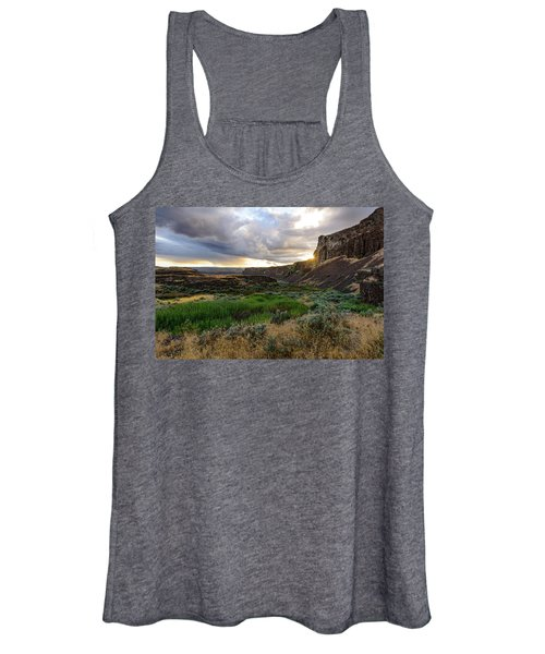 Sunset In The Ancient Lakes Women's Tank Top