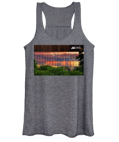 Sunset Reflections On A Wall Of Glass Women's Tank Top