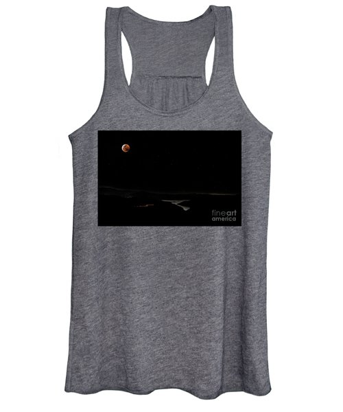 Super Blood Wolf Moon Eclipse Over Lake Casitas At Ventura County, California Women's Tank Top