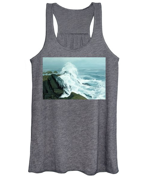 Surging Waves Break On Rocks Women's Tank Top