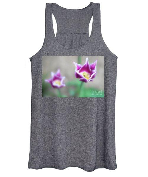 Two-tone Tulips Women's Tank Top