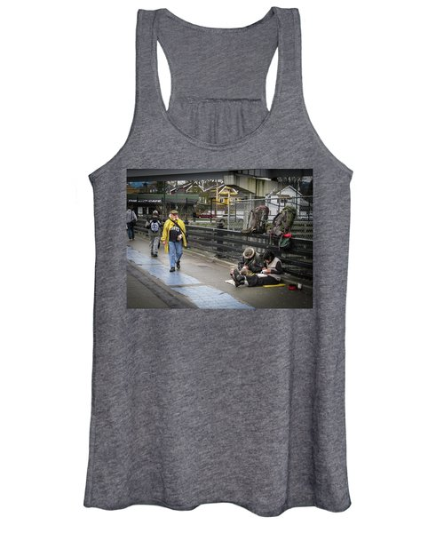 Walking-travellers Women's Tank Top