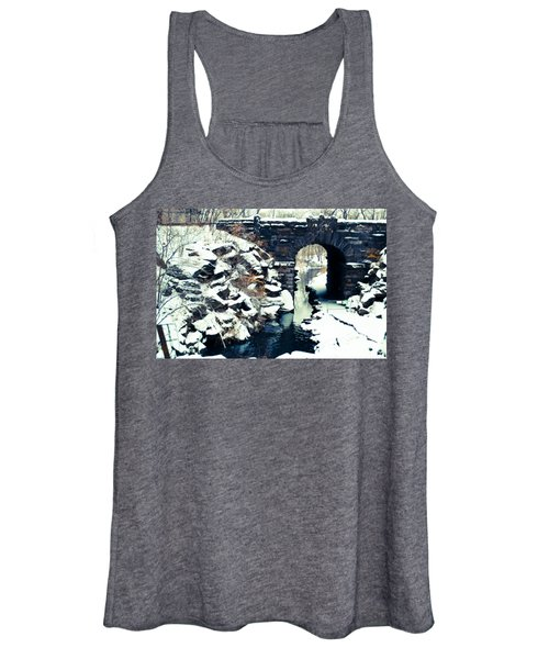 Winter Day At The Glen Span Arch Women's Tank Top