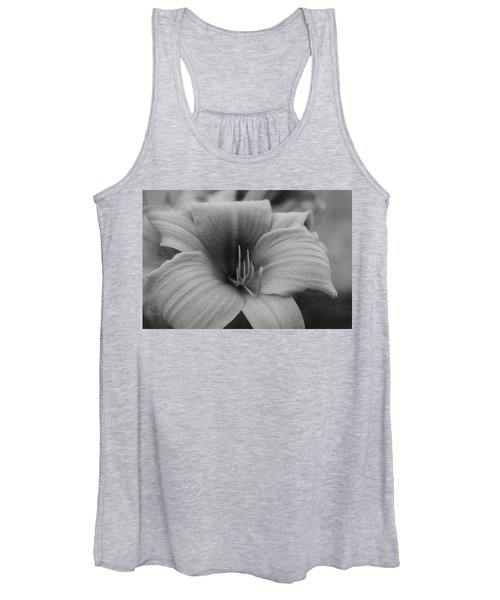 Single Spring Flower Women's Tank Top