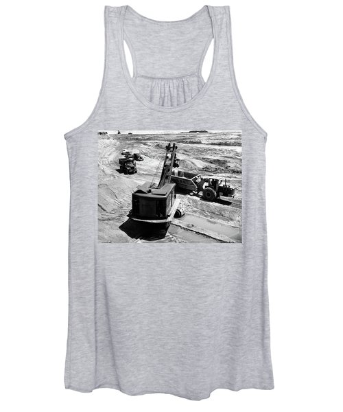 1950s Construction Site Excavation Women's Tank Top
