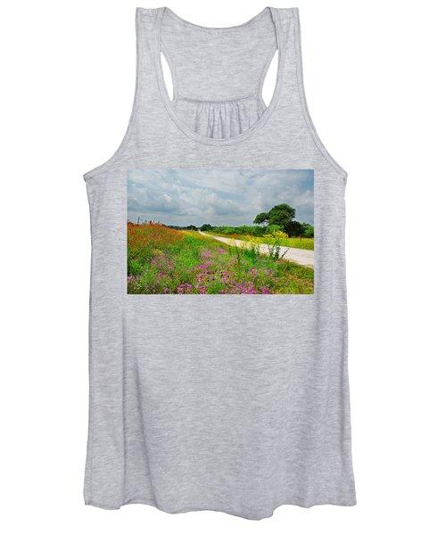 Wildflower Wonderland Women's Tank Top