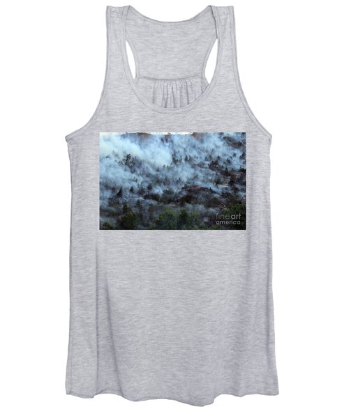 A Smoky Slope On White Draw Fire Women's Tank Top