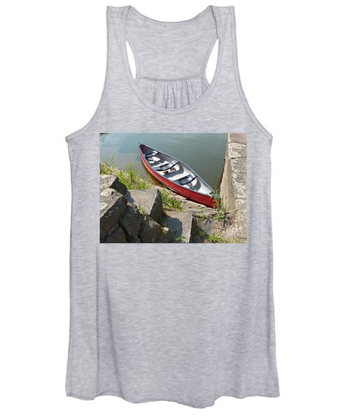Abandoned Boat At The Quay Women's Tank Top