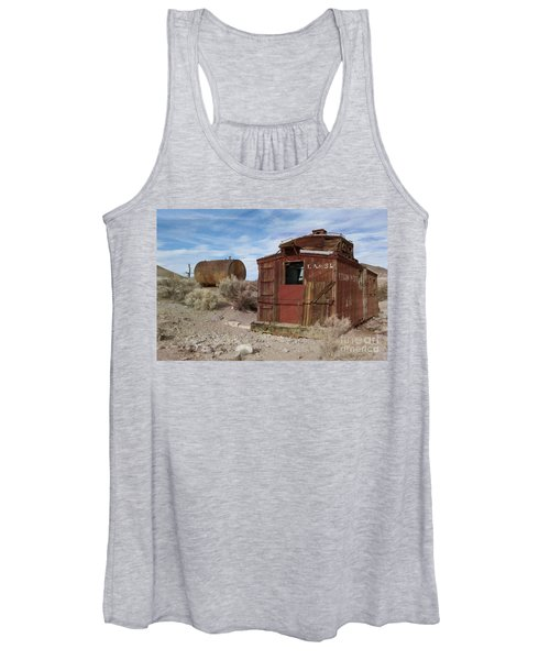 Abandoned Caboose Women's Tank Top