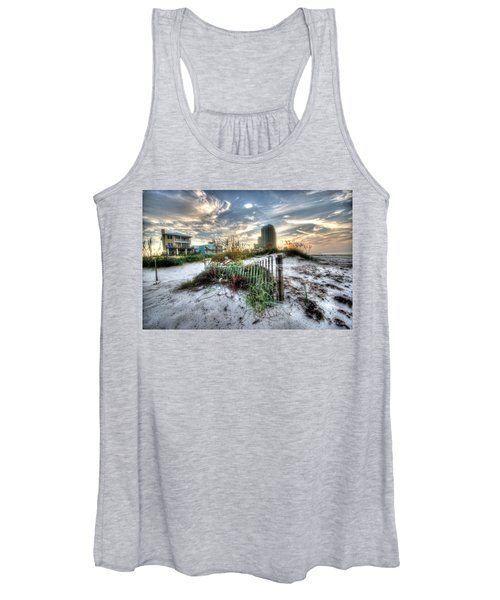 Beach And Buildings Women's Tank Top