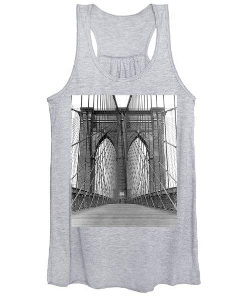 Brooklyn Bridge Promenade Women's Tank Top
