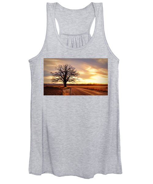 Burr Oak Silhouette Women's Tank Top