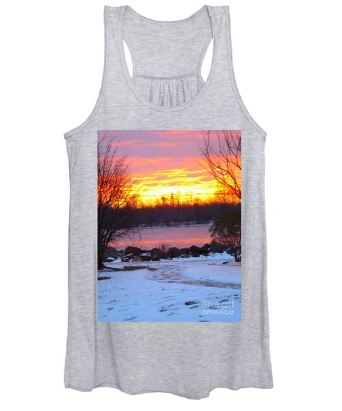 Fire And Ice Sunrise On The Delaware River Women's Tank Top