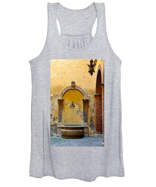 Fountain In Sienna Women's Tank Top