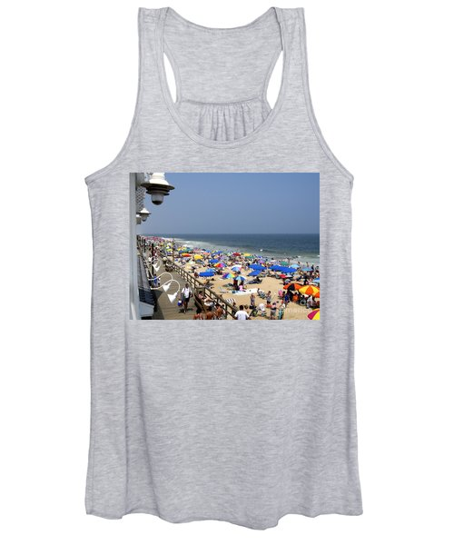 Good Beach Day At Bethany Beach In Delaware Women's Tank Top