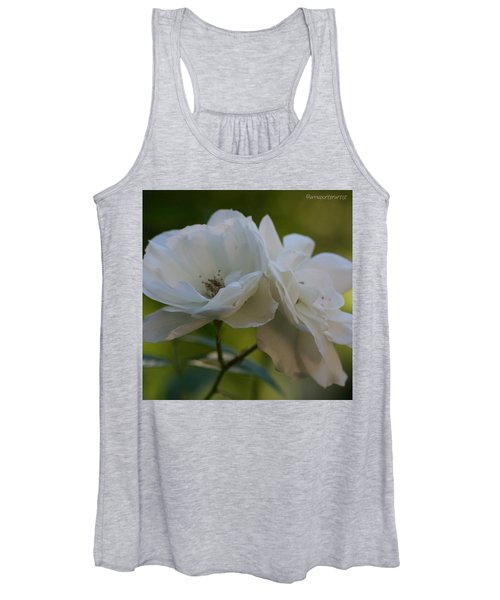 Lean On Me White Roses In Anna's Gardens Women's Tank Top