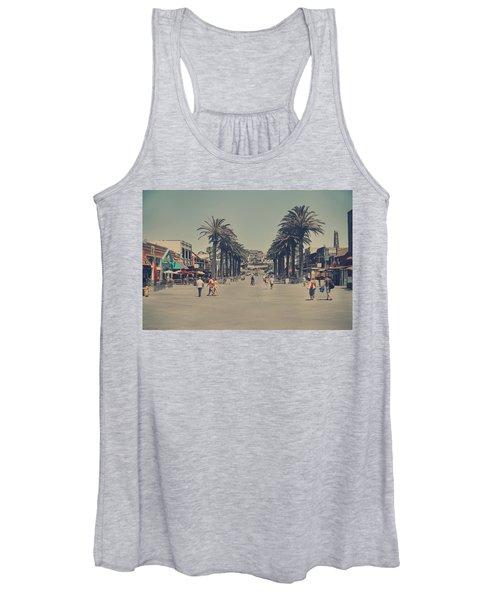 Life In A Beach Town Women's Tank Top