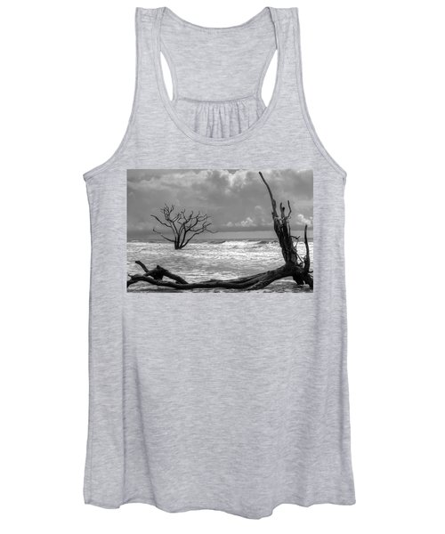 Women's Tank Top featuring the photograph Lost To The Sea by Michael Colgate