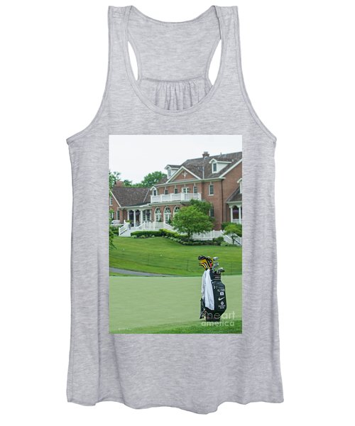 D12w-289 Golf Bag At Muirfield Village Women's Tank Top
