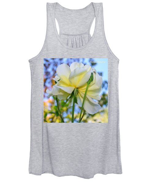Pale Yellow Rose And Blue Sky Women's Tank Top