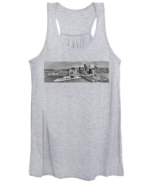 Pittsburgh Black And White Winter Panorama Women's Tank Top