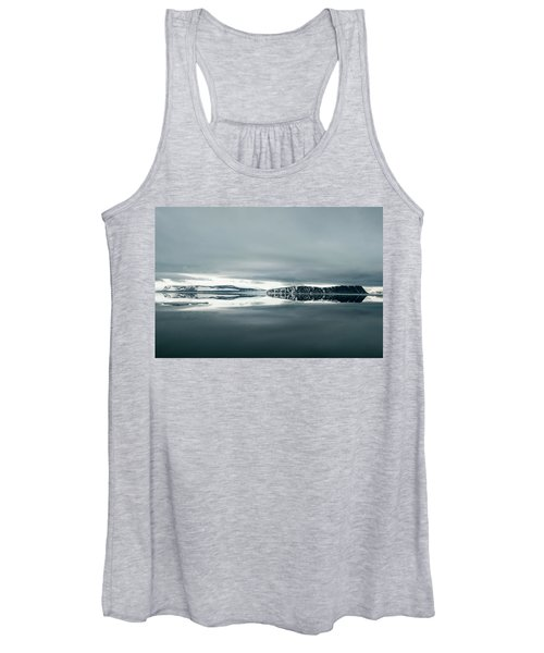 Placid Serene Coastal Landscape Women's Tank Top