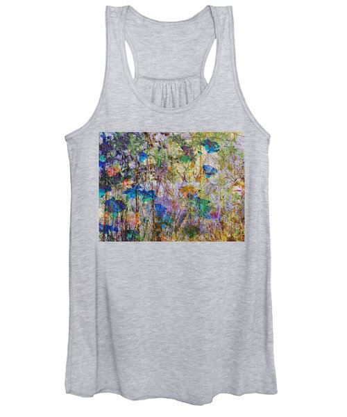 Posies In The Grass Women's Tank Top