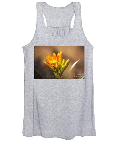 Single Kaffir Lily Bloom Women's Tank Top