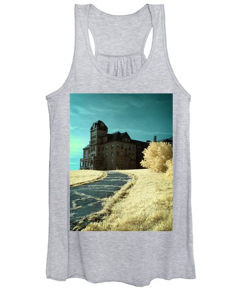 The Old Odd Fellows Home Color Women's Tank Top