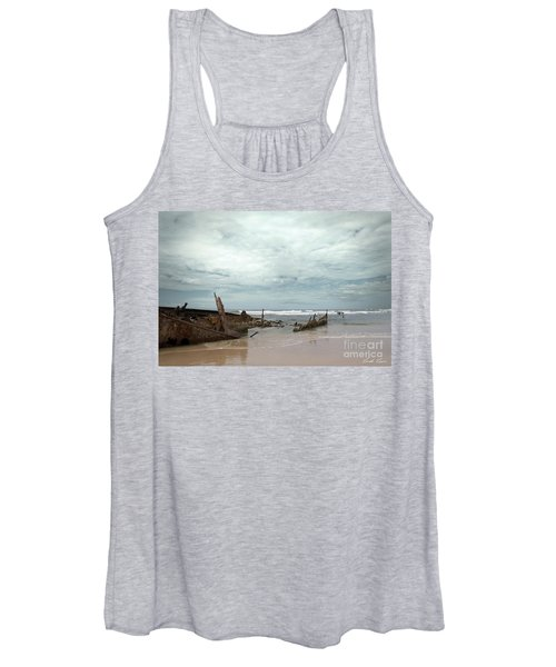 The Wreck Of The Maheno Women's Tank Top