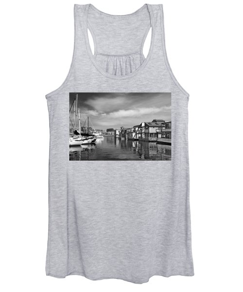 Veiw Of Marina In Victoria British Columbia Black And White Women's Tank Top