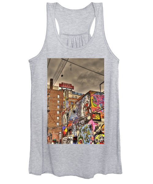 Vibrant Lodging Women's Tank Top