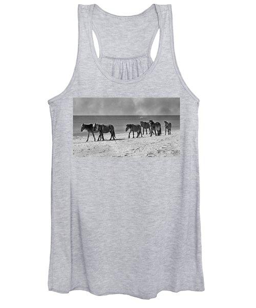 Wild Mustangs Of Shackleford Women's Tank Top