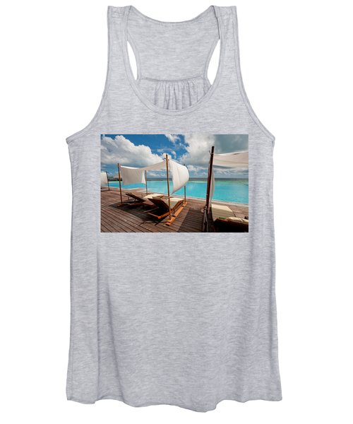 Windy Day At Maldives Women's Tank Top