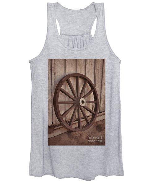 An Old Wagon Wheel Women's Tank Top