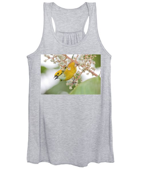 Bird With Berry Women's Tank Top