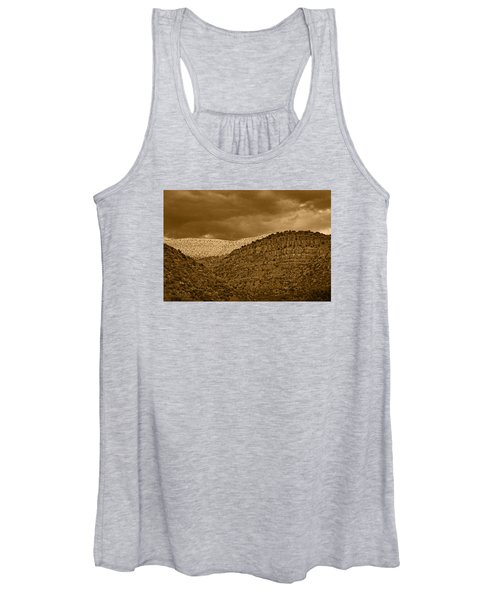 View From A Train Tnt Women's Tank Top