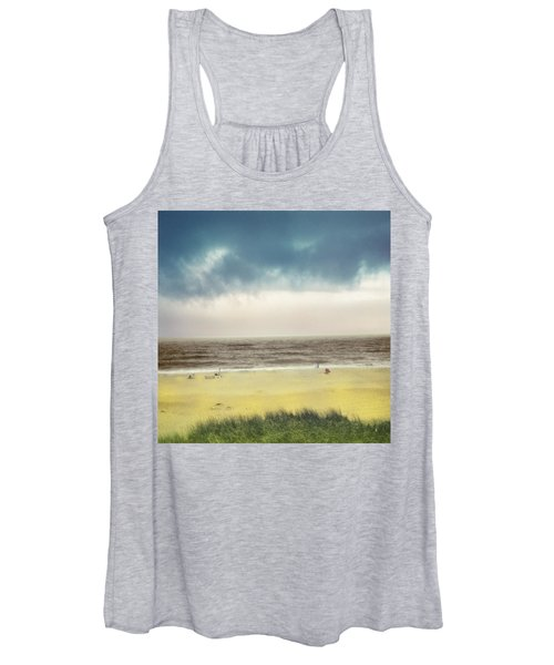 Clearing Storm Montauk Women's Tank Top