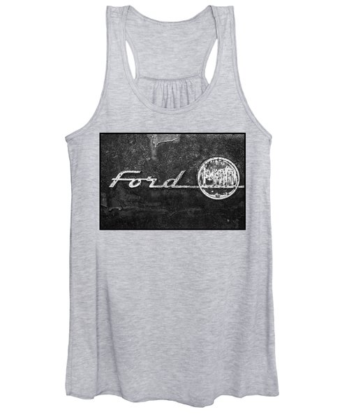 Ford F-100 Emblem On A Rusted Hood Women's Tank Top