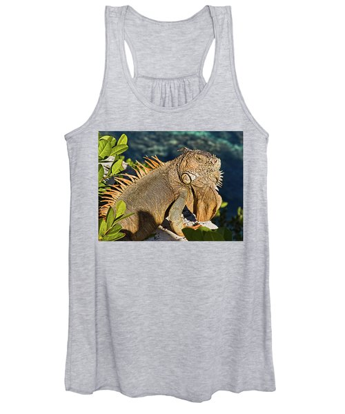 Giant Iguana Women's Tank Top