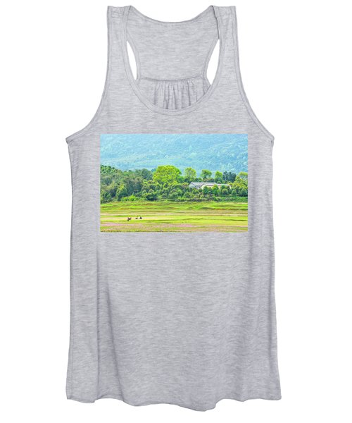 Rural Scenery In Spring Women's Tank Top