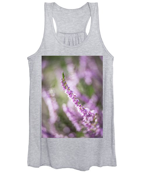 Summer Breezes Through The Heather Women's Tank Top