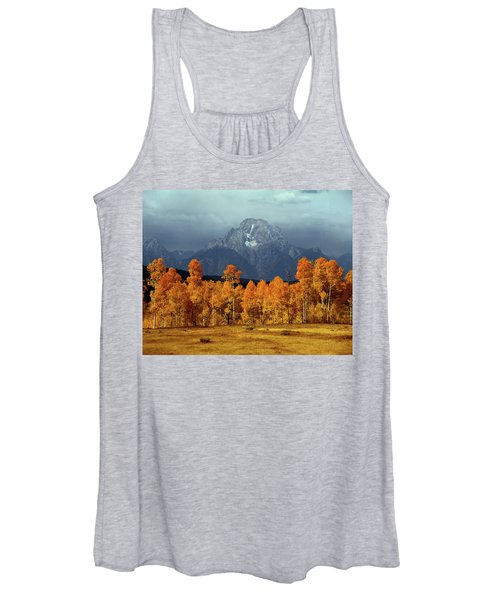 1m9235 Mt. Moran In Autumn Women's Tank Top