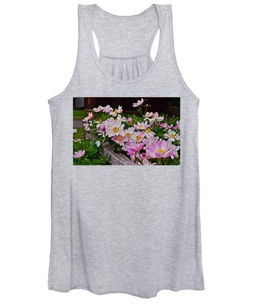 2015 Summer's Eve Neighborhood Garden Front Yard Peonies 4 Women's Tank Top